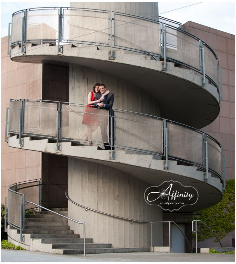 09-spiral-staircase-campus-parkway-washington.jpg