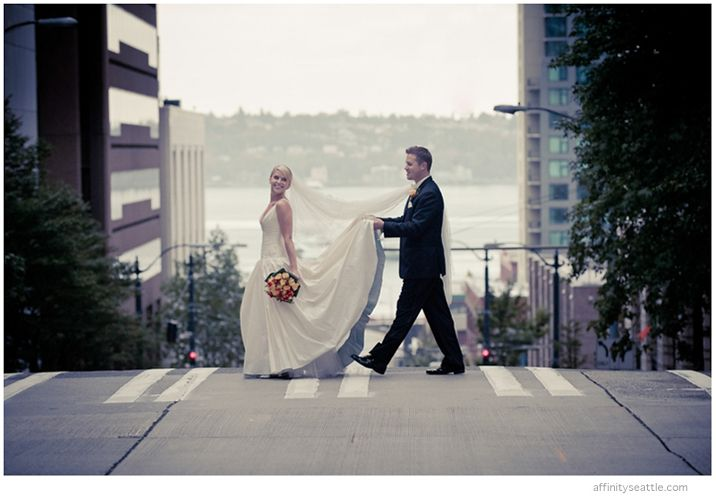 21-bride-groom-crosswalk-seattle.jpg