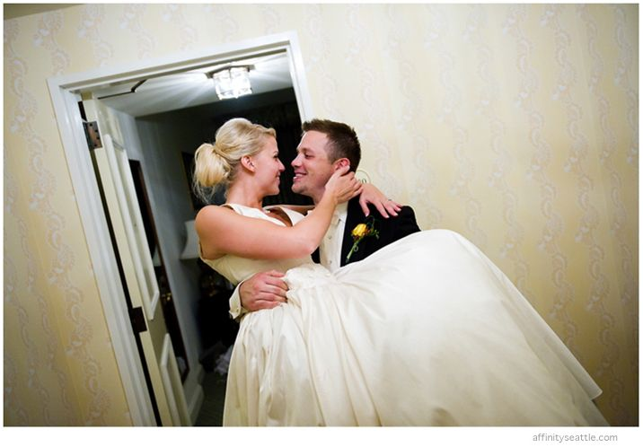 42-groom-carries-bride-fairmont-hotel.jpg