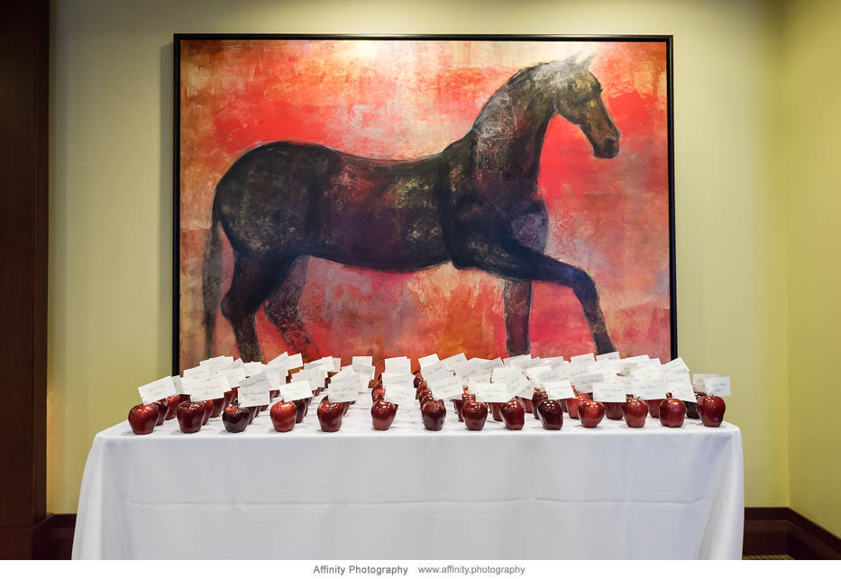 apples-wedding-table-seating.jpg