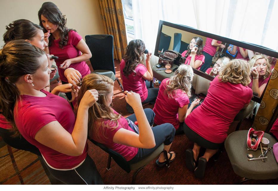 women-getting-ready-wedding.jpg