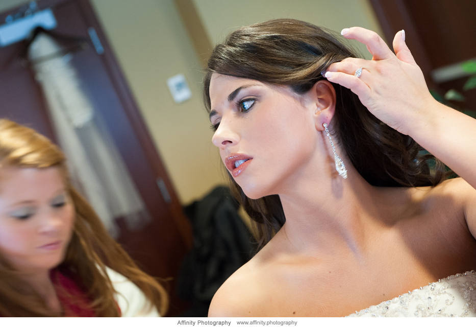 bride-getting-ready-earring.jpg