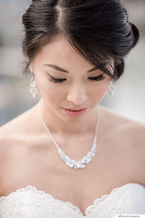 12-bride-necklace-hair-portfolio.jpg