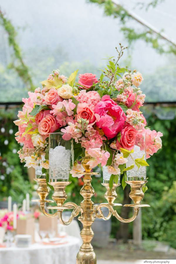 007-Blog-floral-centerpiece-candelabra-gold.jpg