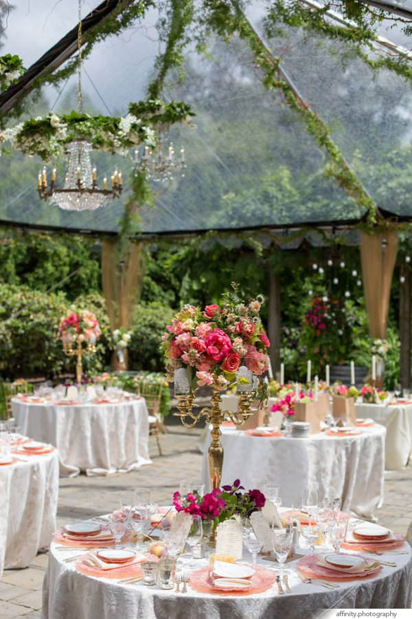 013-Blog-tent-decoration-outdoor-wedding.jpg