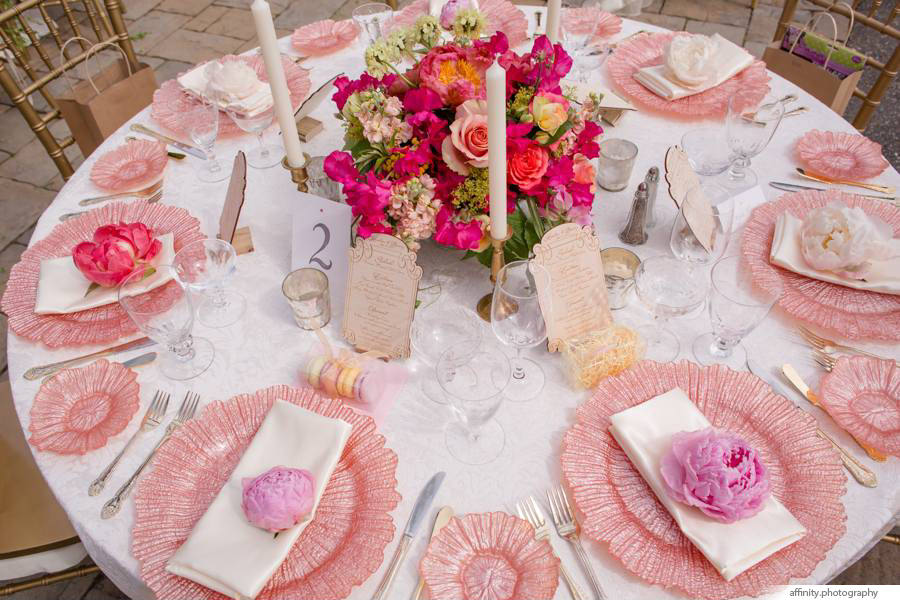 021-Blog-floral-table-outdoor-summer-wedding.jpg