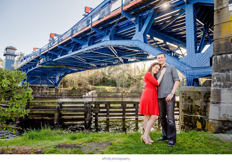 4-portraits-fremont-bridge-seattle.jpg