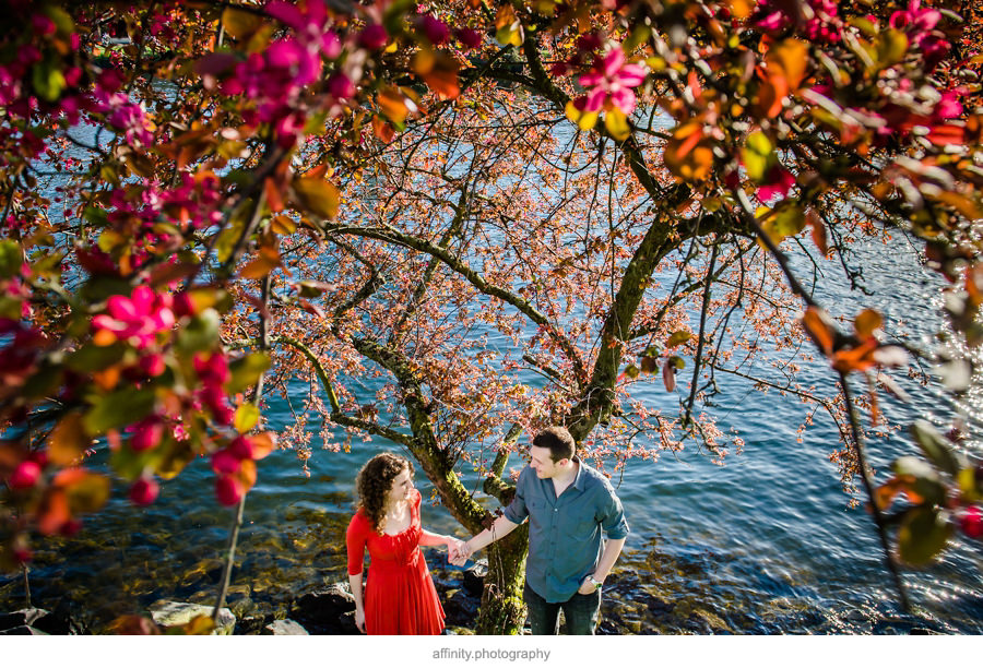 9-fremont-canal-engagements-flowers.jpg