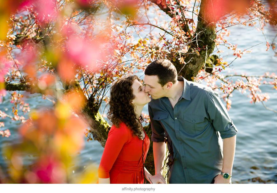 10-kiss-under-tree-blossoms.jpg