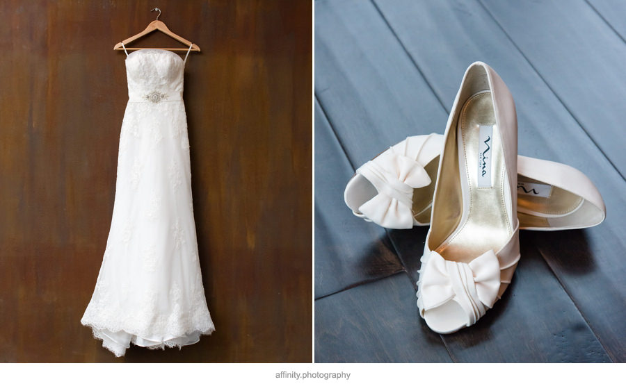1-wedding-dress-shoes.jpg