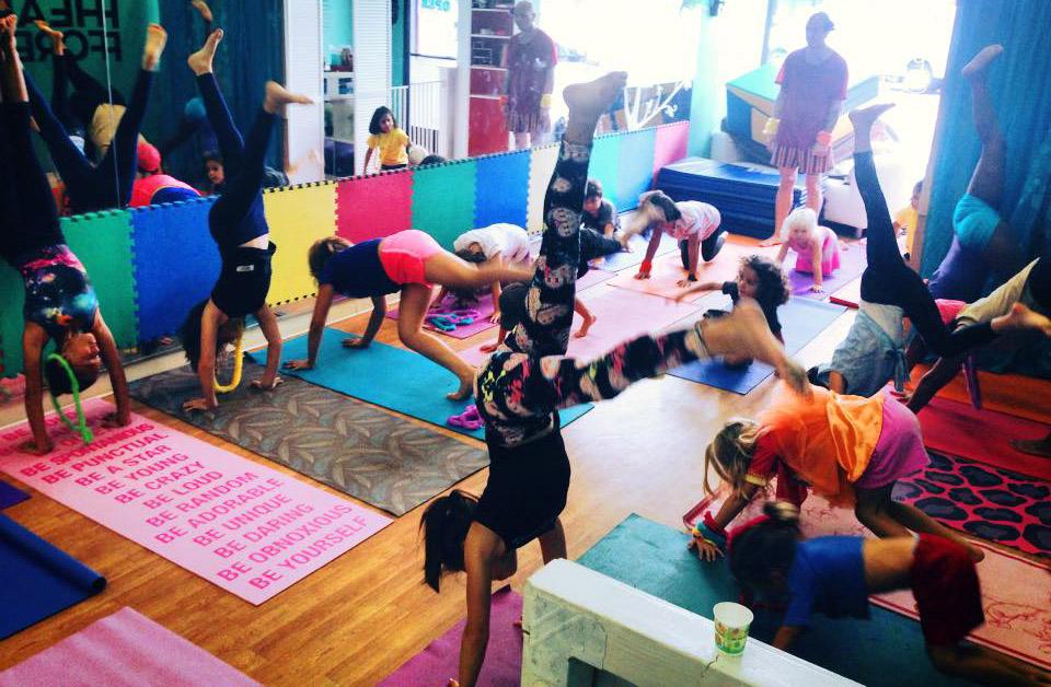 Big_class_kids_yoga.jpg