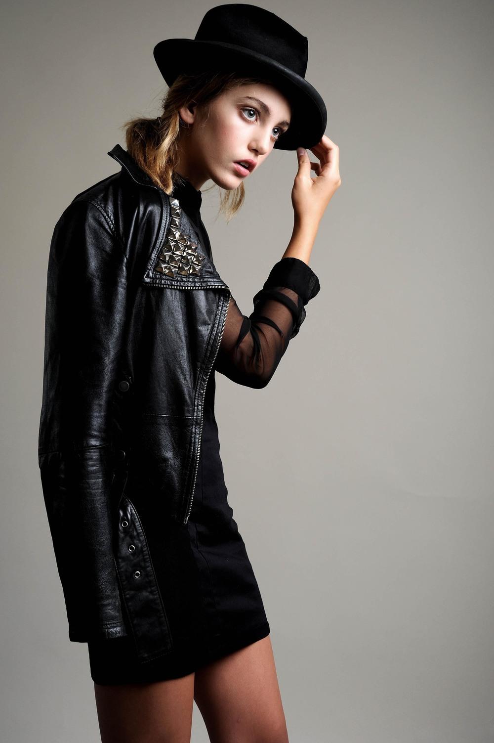 Whitney_Hay-la_models-2.jpg