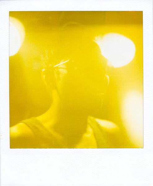 Polaroidsbook 194.jpg