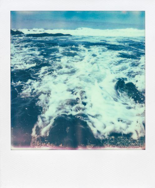 Polaroidsbook 3.jpg