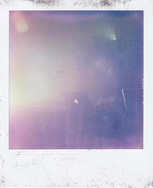 Polaroidsbook 90.jpg