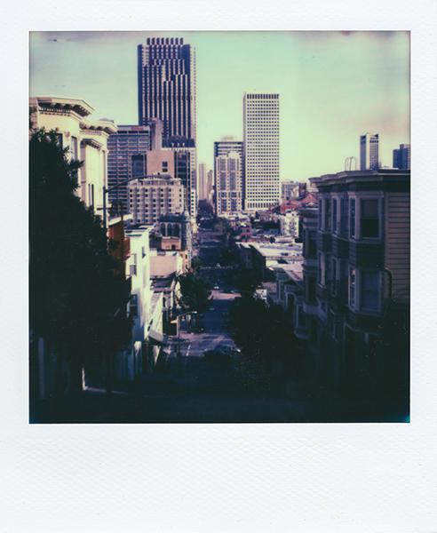 Polaroidsbook 300.jpg