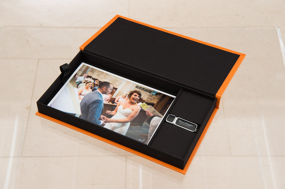 Keepsake box with USB and prints