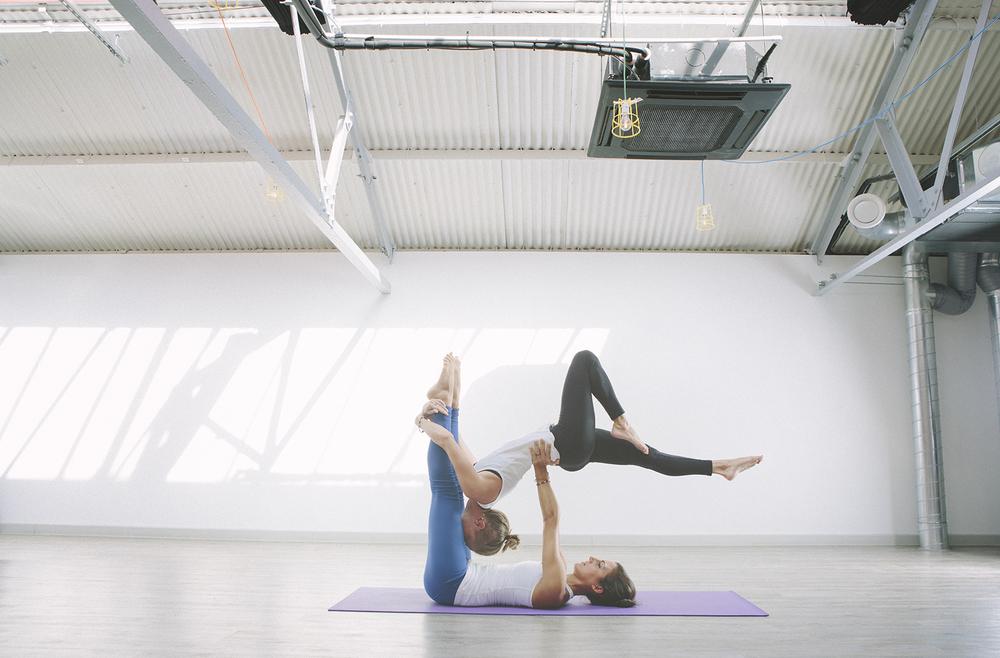 Acro Yoga london