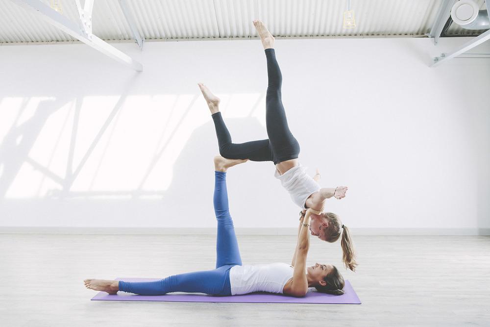 Acro Yoga fitness