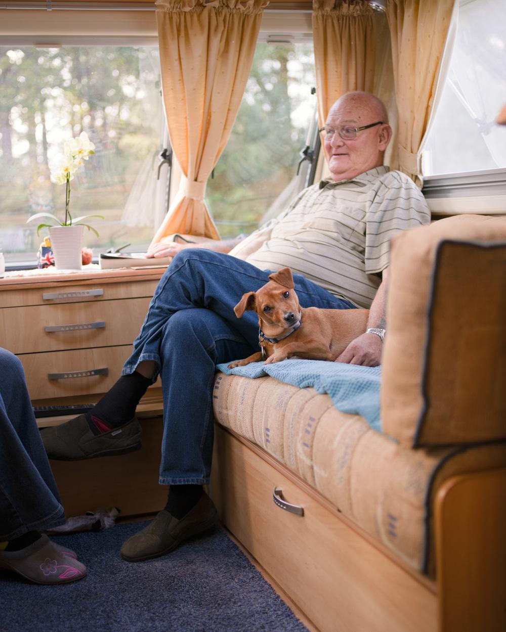 Dogs-Caravan-14.jpg