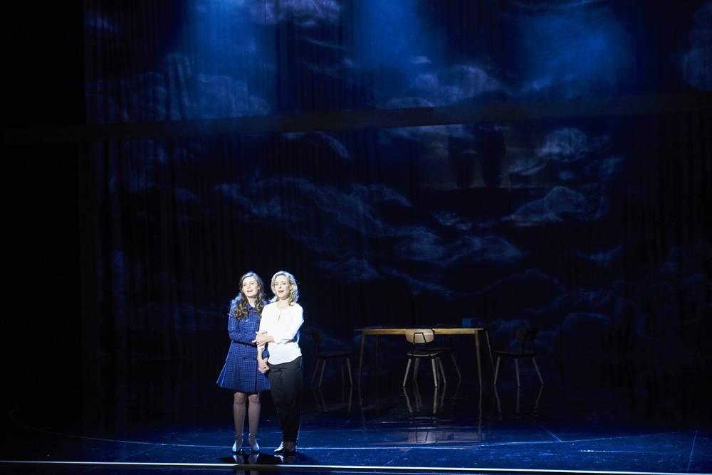 185 Shannen Alyce, Rachael Beck. Next to Normal. Image by Gary Marsh.jpeg