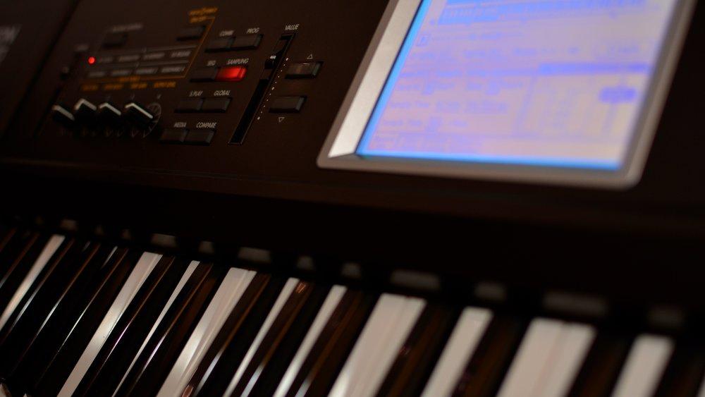Musik - Wir verpassen Ihrem Video den richtigen Soundtrack. Egal ob Lizenzierung von Chart-Hits oder originelle Kompositionen. Alles ist möglich!