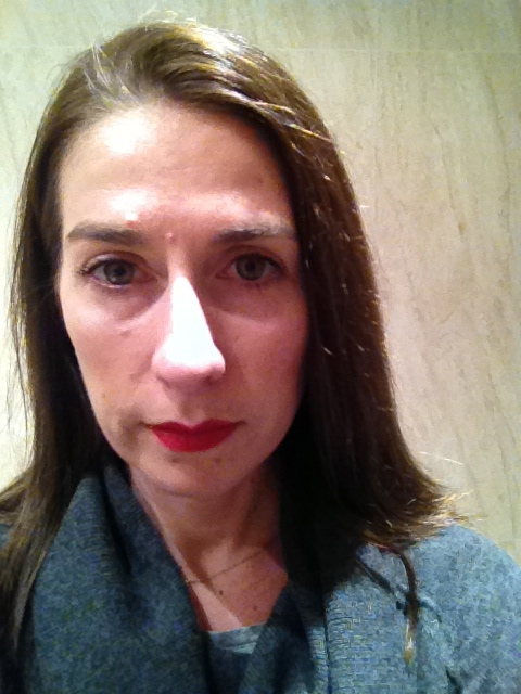 As soon as I arrive in Paris, I feel compelled to don a red lip ....