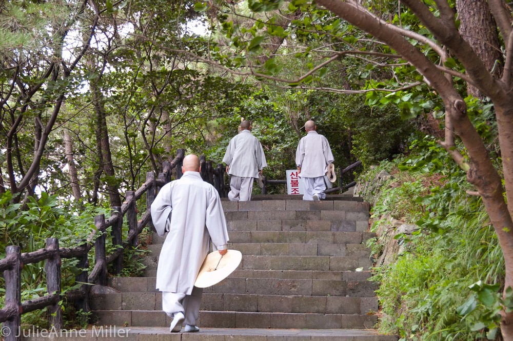 Monks at Sanbang Temple