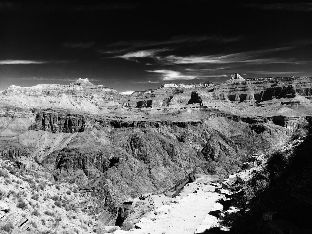 Grand Canyon BW scenic.jpg