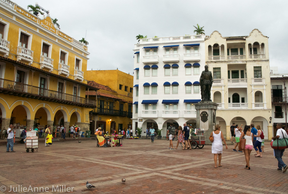 Old City La Aduana Square 1.jpg