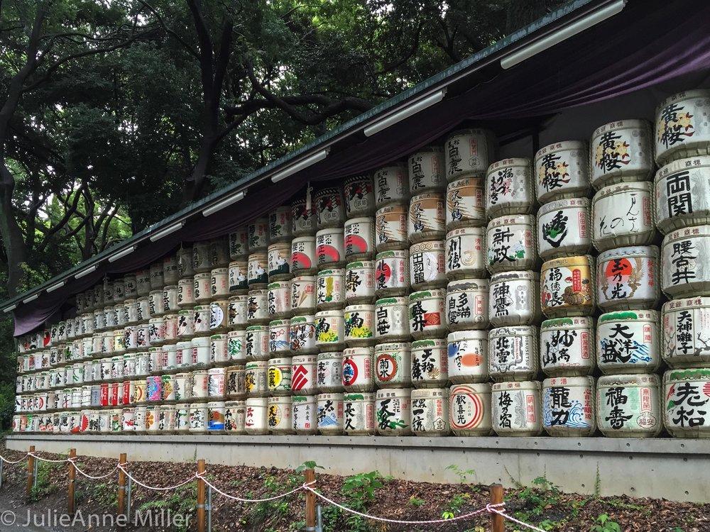 Sake Caskets