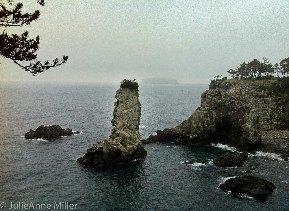 Oedolgae Rock 외돌개, Korea