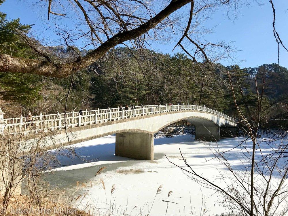 Weoljeong Temple