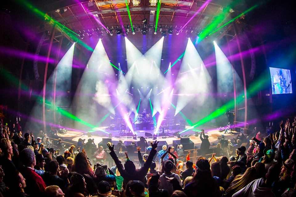 sts9-rrx14-iwally-alivecoverage-5.jpg