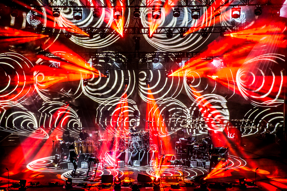 sts9-rrx14-iwally-alivecoverage-7.jpg