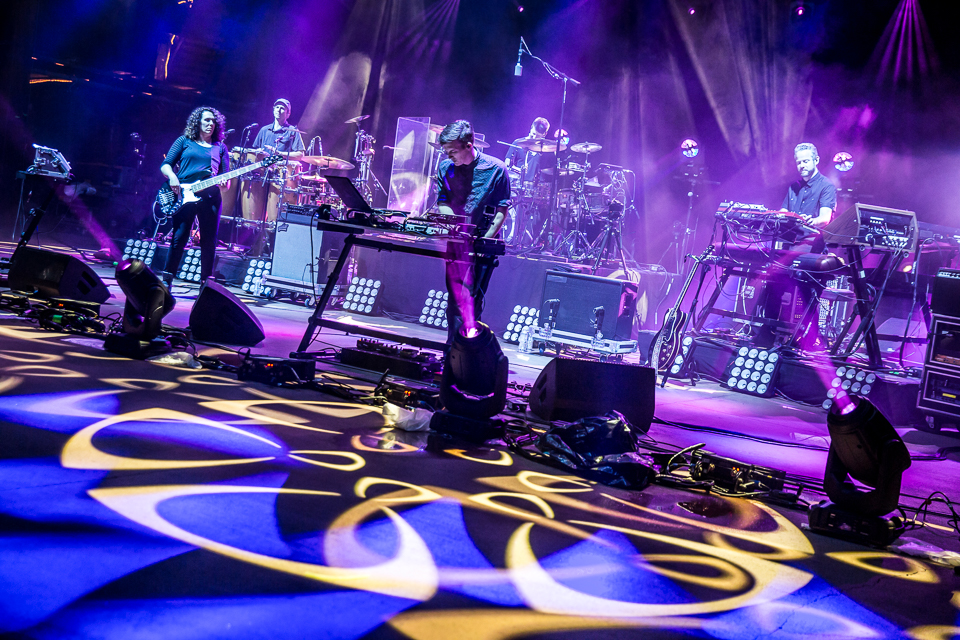 sts9-rrx14-iwally-alivecoverage-10.jpg