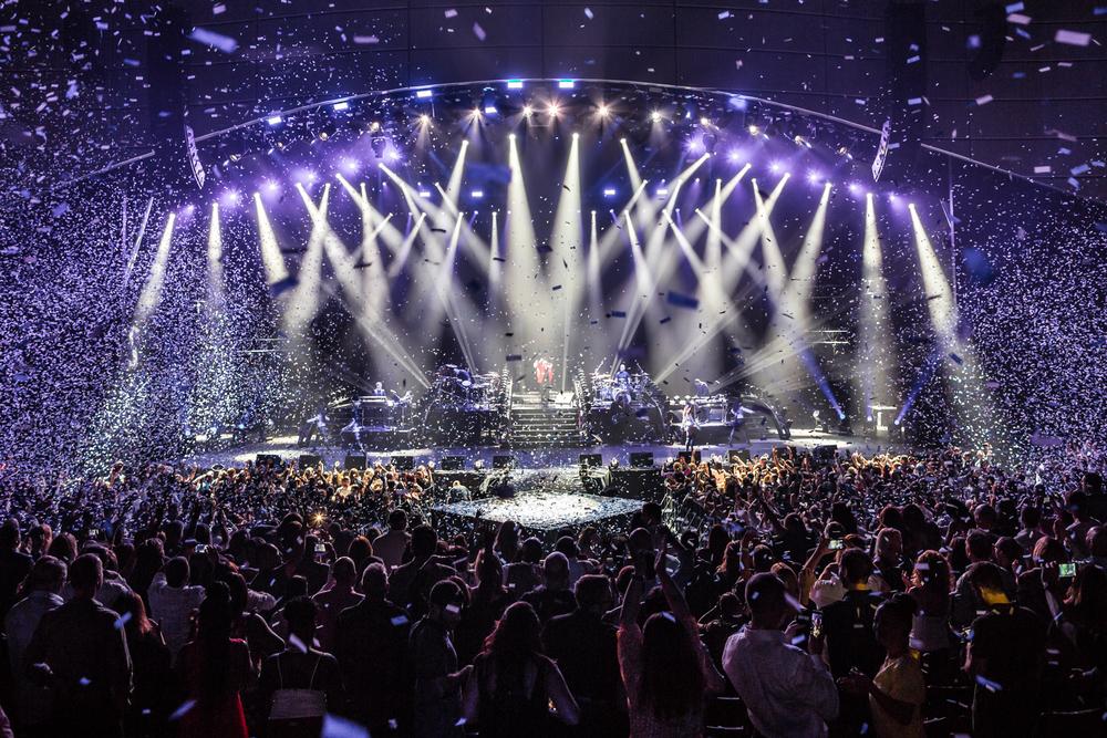 Pitbull_Vegas_ALIVEcoverage-28.jpg