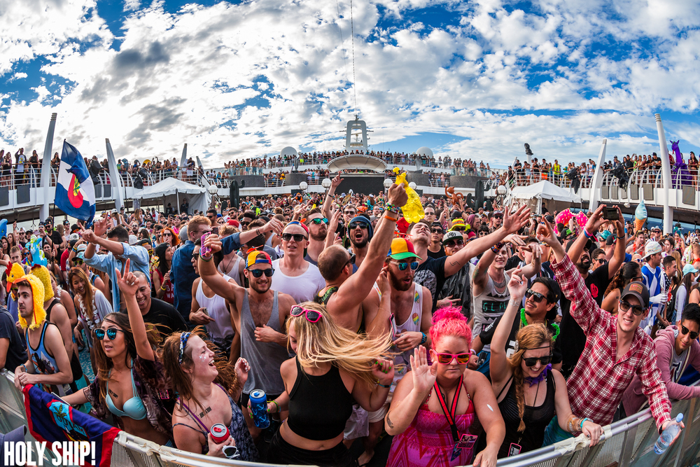 HolyShip_Jan16-alivecoverage-19.jpg