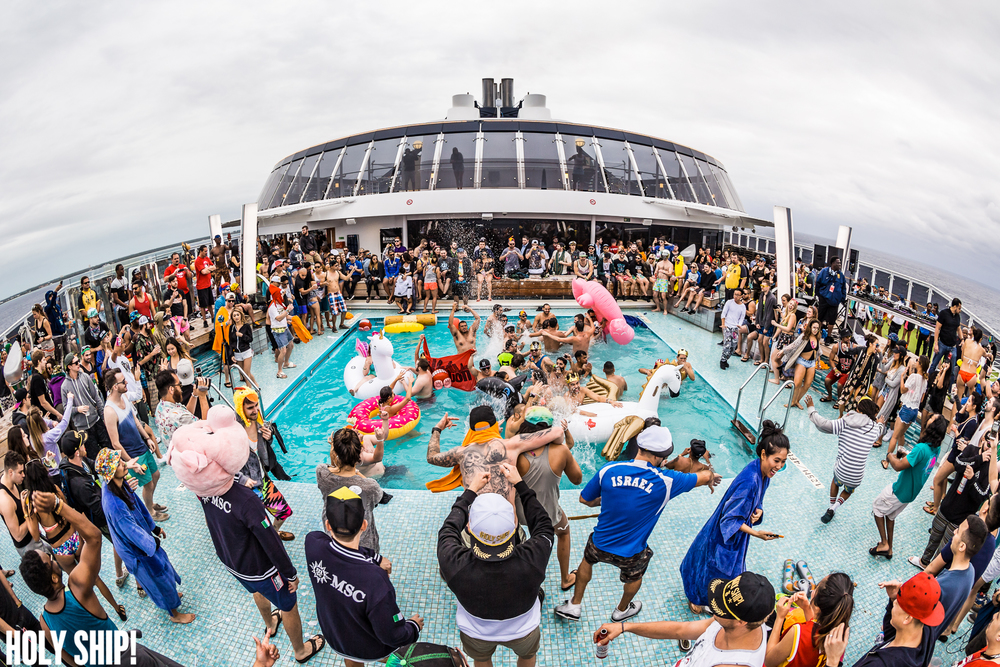 HolyShip_Jan16-alivecoverage-36.jpg