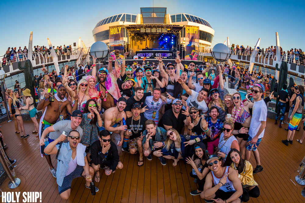 HolyShip_Feb2016_alivecoverage-39.jpg