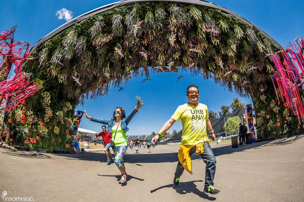 EDCMX_2015_iWally_aLIVECoverage-1.jpg