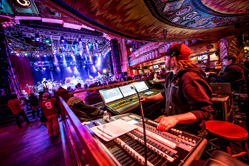 STS9_HoBChi_2015_iWally_aLIVECoverage-3.jpg