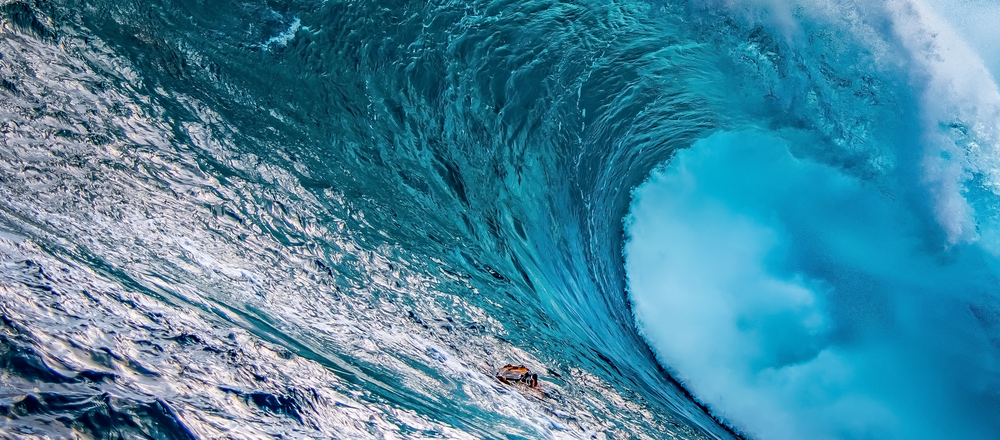 5 Trends_Ocean Wave_Mad Clientist Header.png
