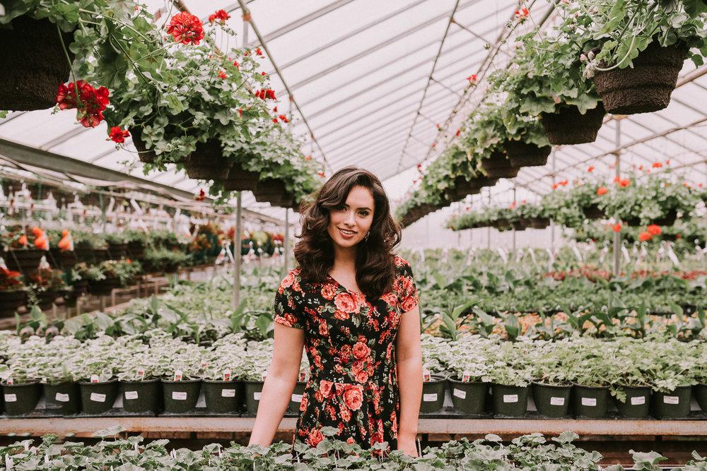 Makayla Madden Photography- Boise, Idaho Senior Photographer Spring Greenhouse Portrait Session Edwards Greenhouse