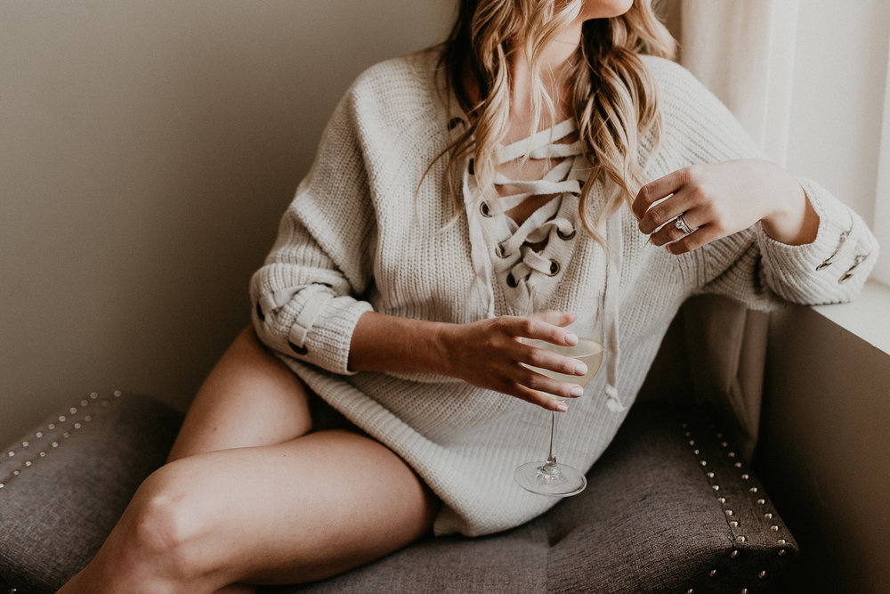 Boise Idaho Boudoir Photographer Makayla Madden Photography Award Winning Boudoir Photographer Boudoir By Kayla Lifestyle Boudoir Wine Cozy Sweater Beauty