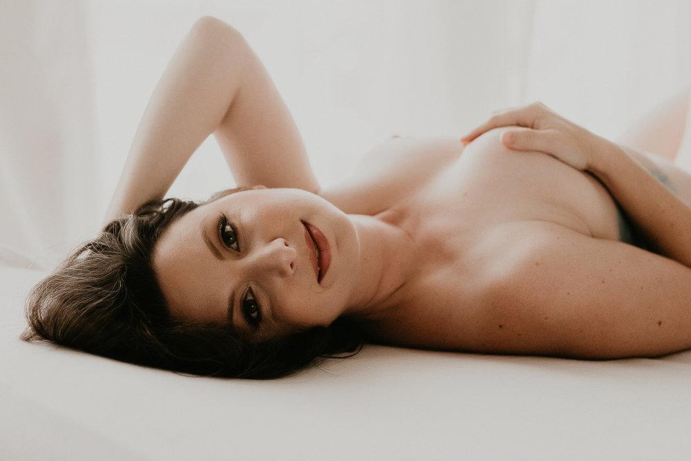 Katie Boudoir 151043 Edit.jpg