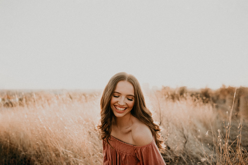 Boise Senior Photographer Idaho Senior Pictures Portrait Photography Full Service Professional Photography Meridian Raw Real Natural Candid