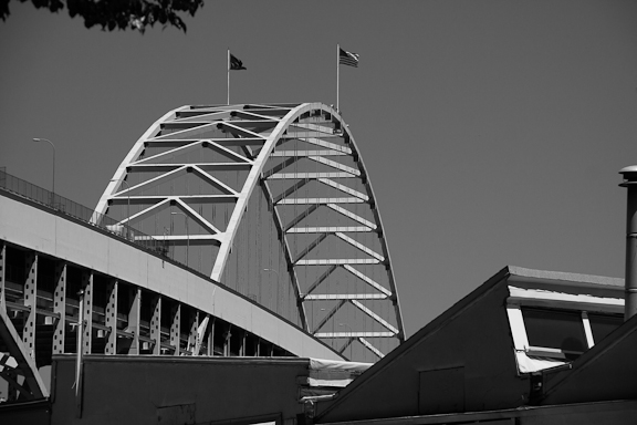 Fremont Bridge has the longest main span of any bridge in Oregon. Photo by Rebecca Akporiaye