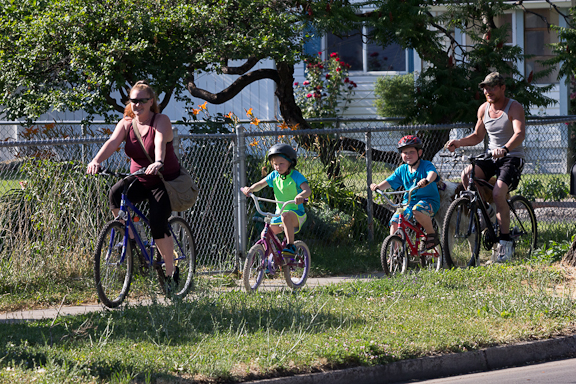 Family on a bike ride in La Grande.  Photo by Brent Clapp
