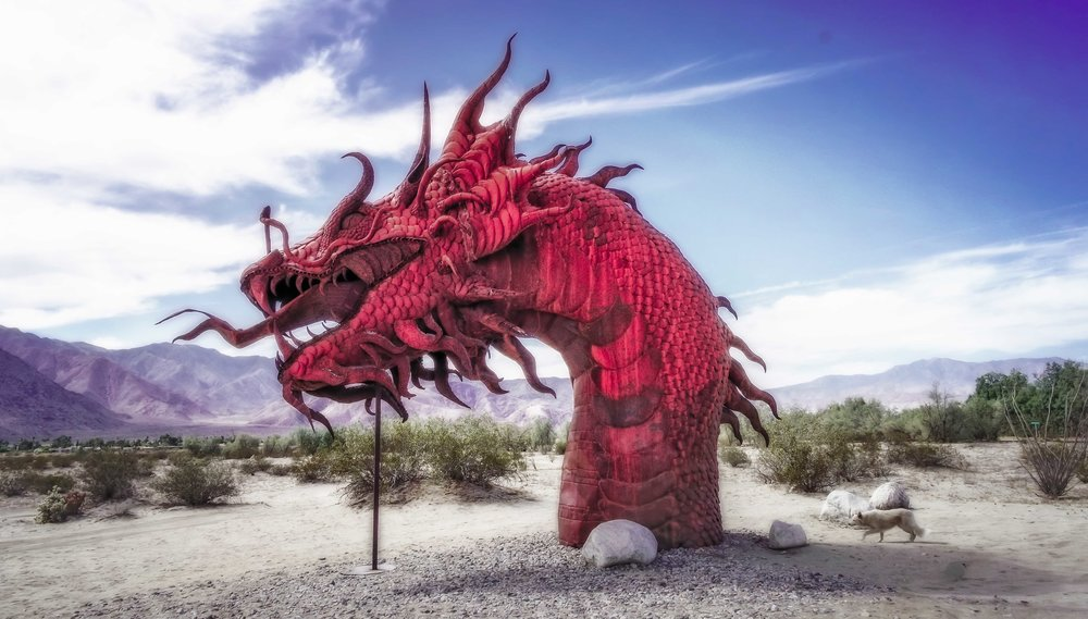 Borrego Springs metal dragon and Foxy